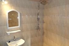 salle-de-bain-sine-saloum-hotel-passy